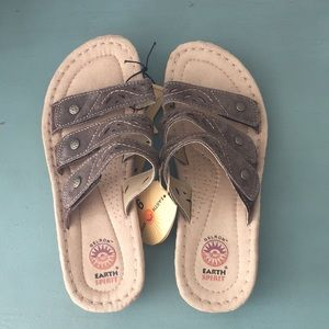 NWT- Earth Spirit Sandals